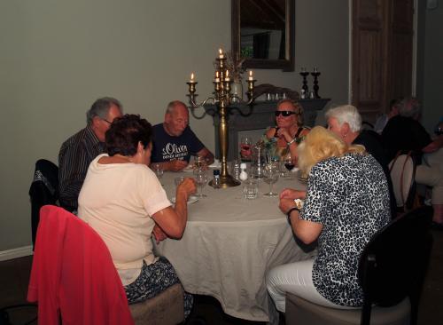 Nog een keer een mooi gedekte tafels en lekker eten. Echt genieten!!!