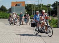 Na de lunch vertrekt de groep weer voor nog een mooie middag fietsen