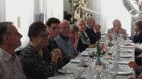 Een overzicht van een van de gastentafels tijdens het 40-jarig jubileum van Vigeta