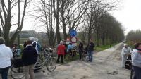 Ook tijdens de middag was er een rustmoment, nu in Belgie naast de grenspaal nabij de Karantainestallen in Essen