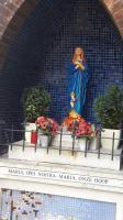 Een mooie Mariakapel ergens langs de weg tijdens een van de tochten